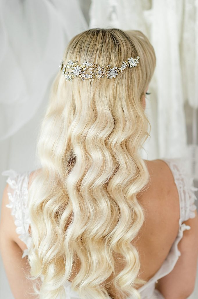 bridal hairstyle dikhaye